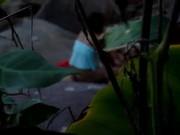 Skacze na kutasie