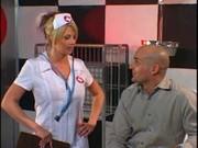 Walenie napalonej pielęgniareczki